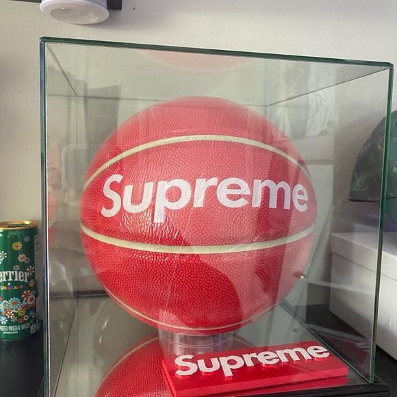 Supreme Basketball